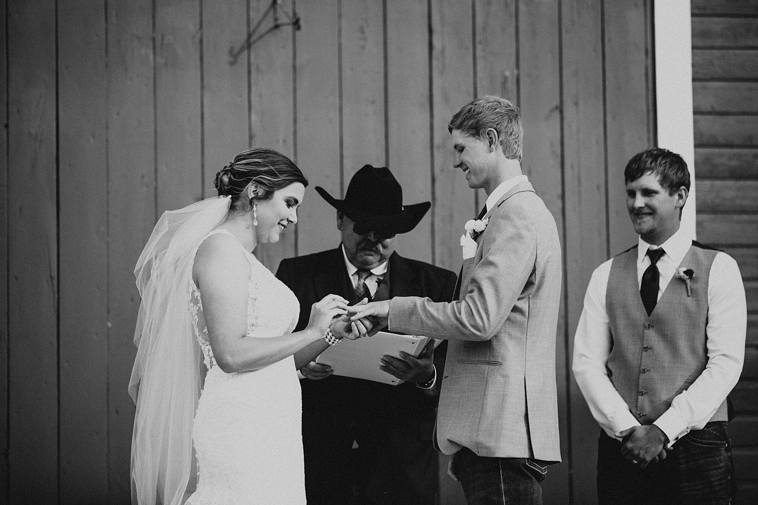 Ceremony Backdrop | Red Barn Wedding | Overland Trail Museum | Cassie Madden Photography