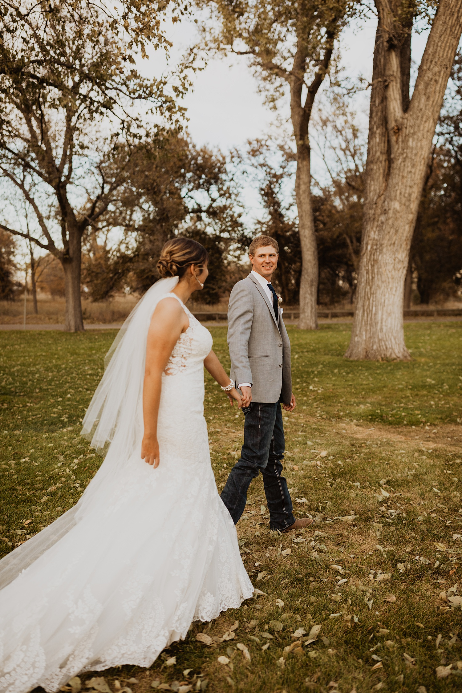 Bride and Groom Portraits | Lace Bridal Gown | Fall Wedding Theme | Cassie Madden Photography