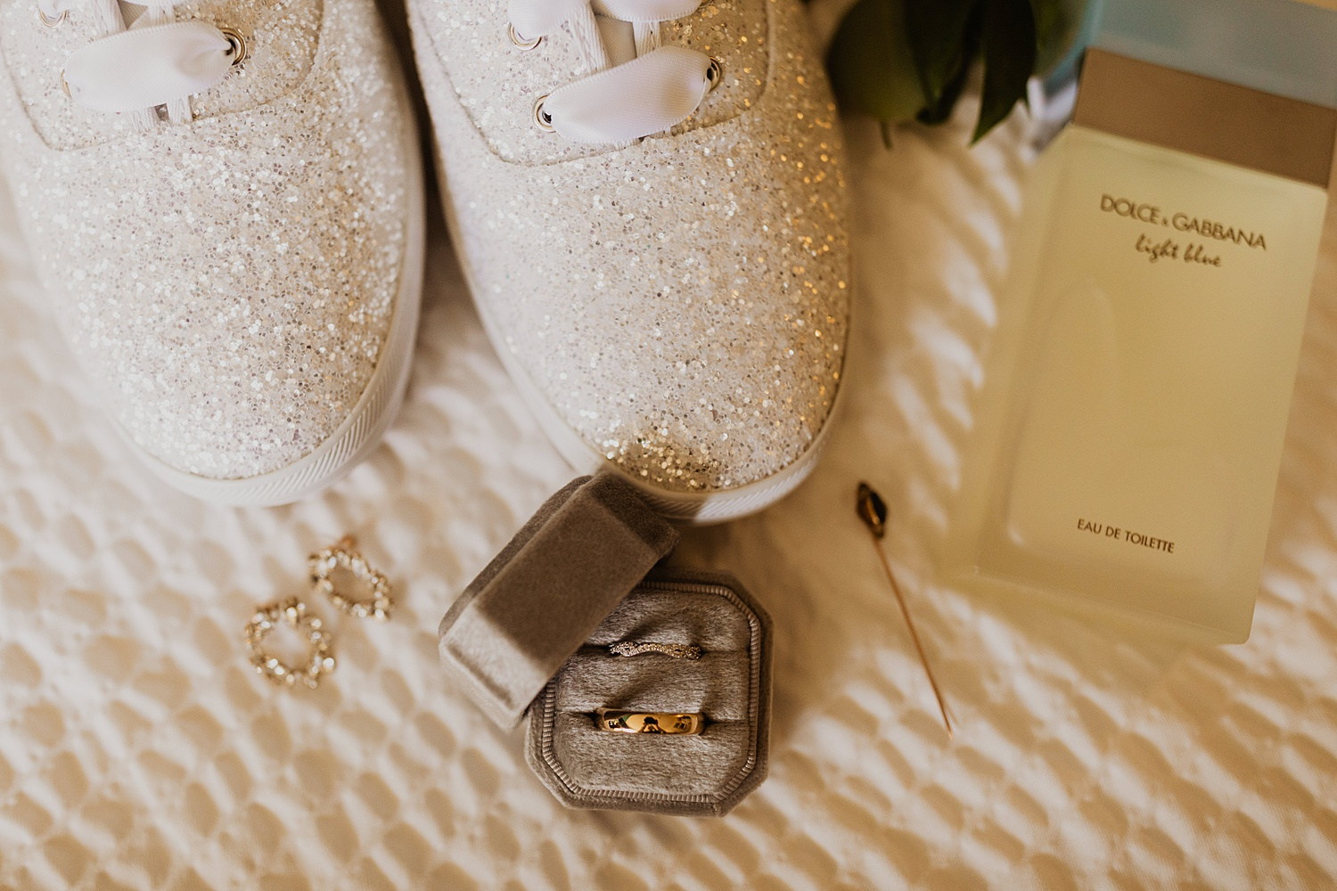 Colorado Wedding | Bridal Details | Dolce and Gabbana | Cassie Madden Photography