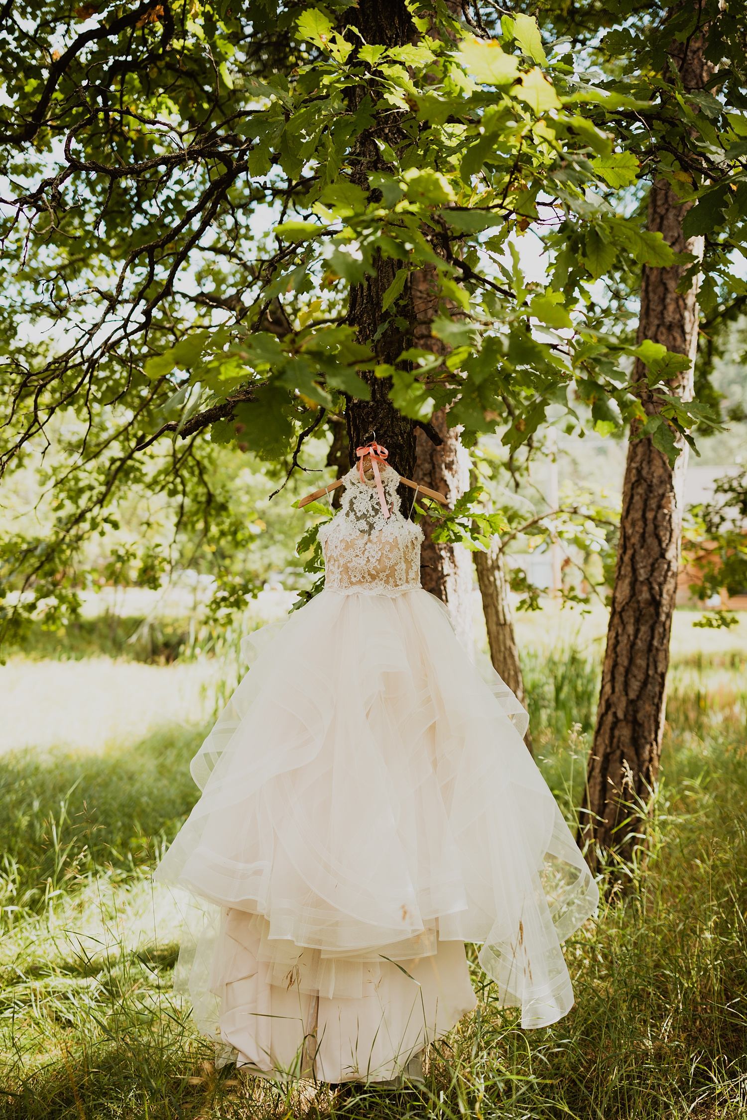 South Dakota Wedding | Bridal Gown | Fall Wedding | Cassie Madden Wedding