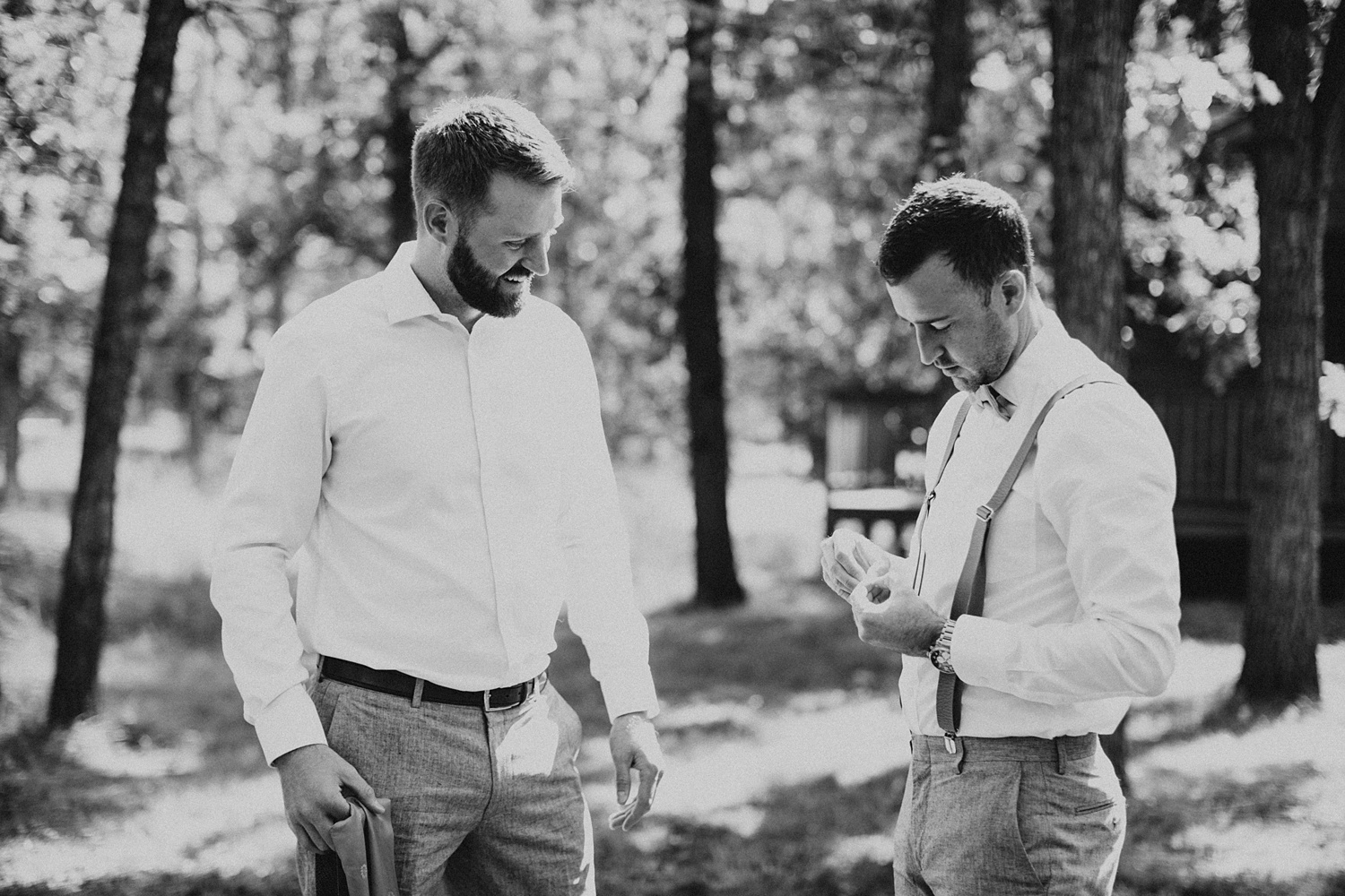 South Dakota Wedding | Groomsmen | Groom Getting Ready | Cassie Madden Photography
