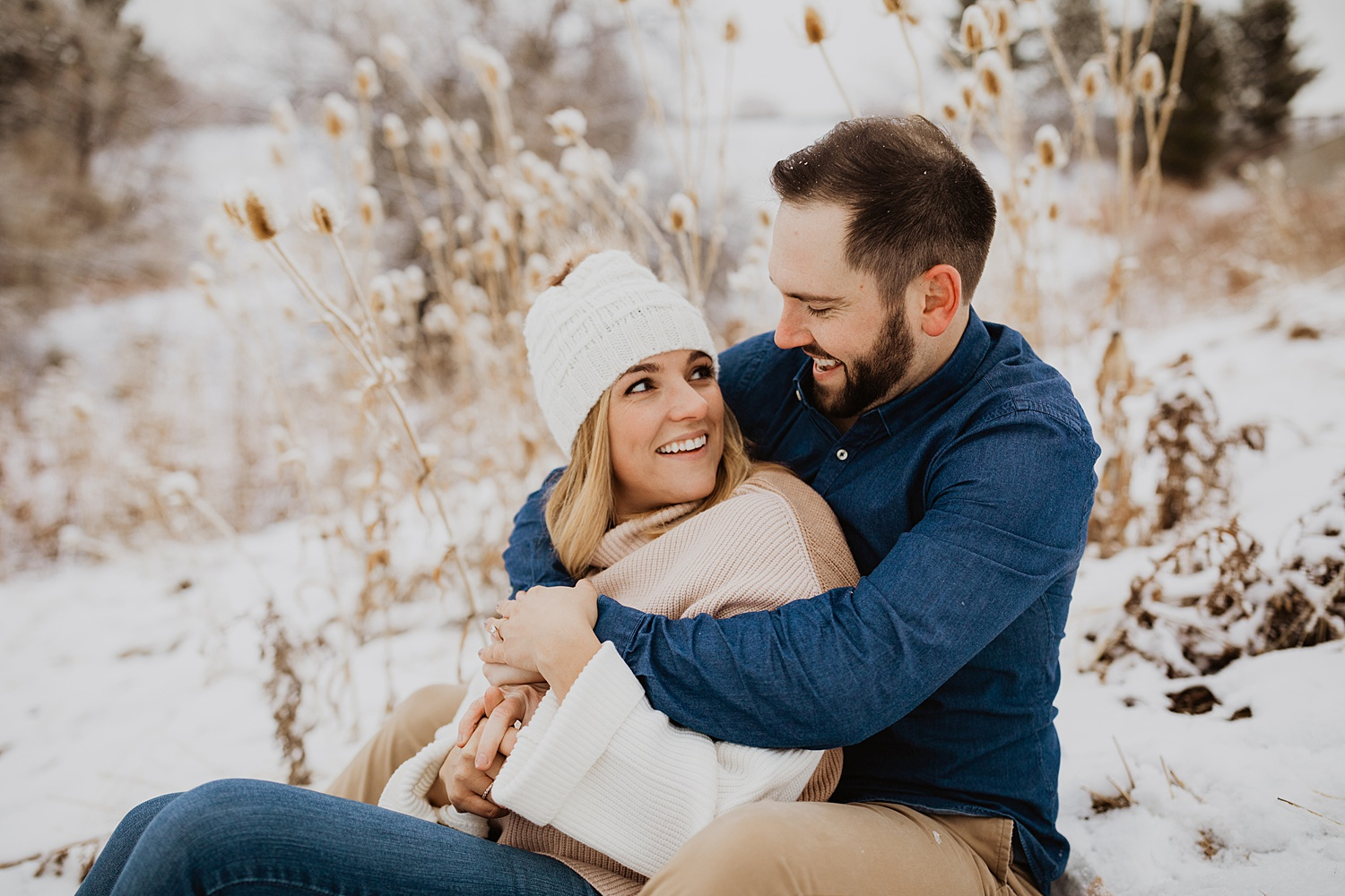 Snow Engagement Photos | Winter Engagement Outfits | Colorado Winter Engagement Photos | Engagement Photos with Kids | Cassie Madden Photography