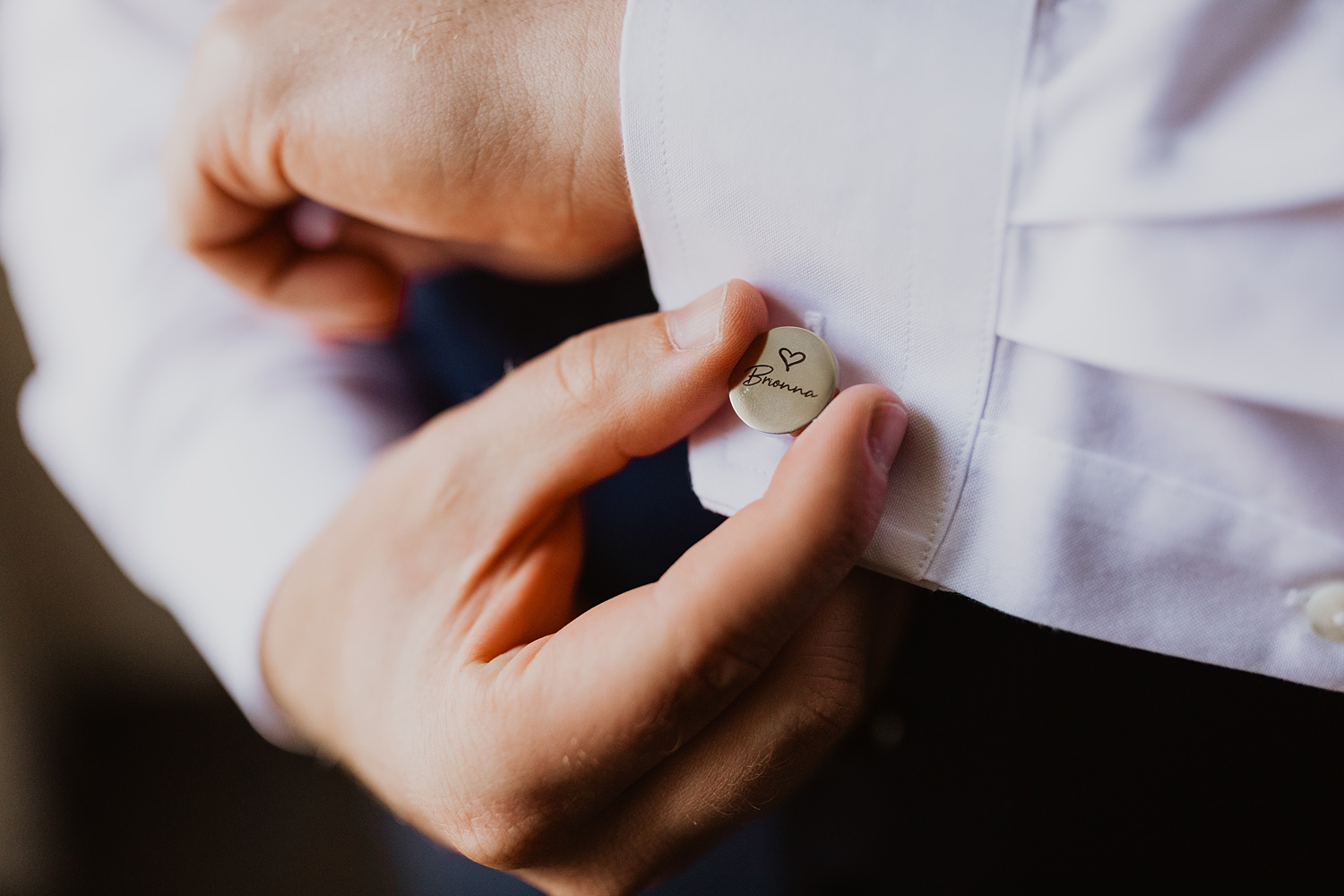 Custom Cufflinks | Great Gifts For Groom on Wedding Day | Groom Getting Ready  | Cassie Madden Photography